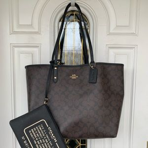 Coach Signature Reversible City Tote